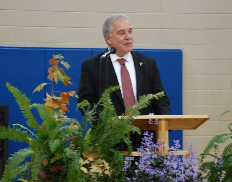 State School Superintendent Richard Woods speaking to Mossy Creek Teachers, Students and Parents