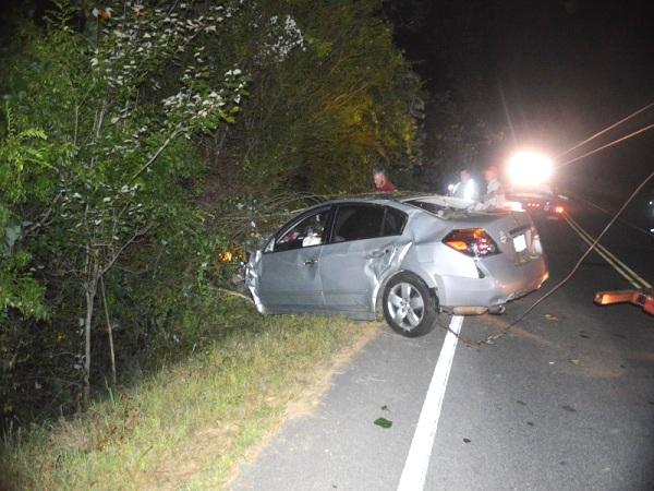 Three Injured In Late Night Wreck