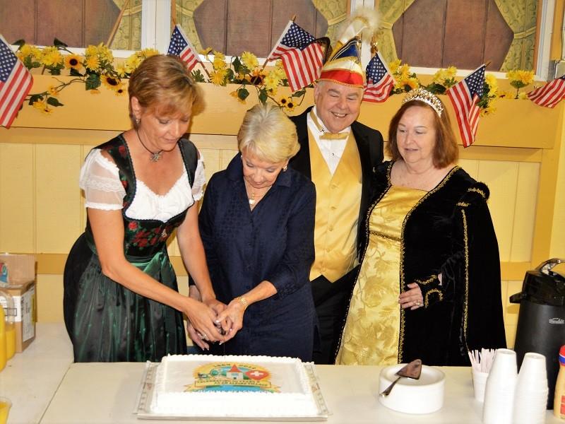 Helen celebrates 50th birthday of Alpine Village theme